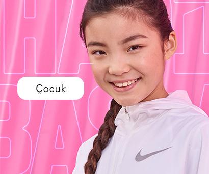Nike'ın çocuklara özel koleksiyonuyla stilini ortaya koy.