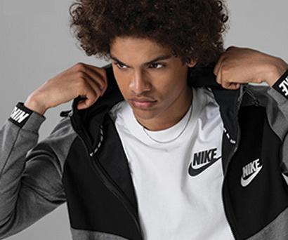 Nike Erkek