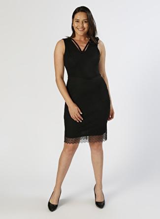 Selen Yaka Detaylı Siyah Elbise