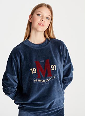 Mavi Nakışlı Derin Mavi Sweatshirt