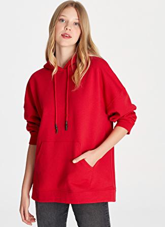 Mavi Kapüşonlu Yaz Kırmızı Sweatshirt