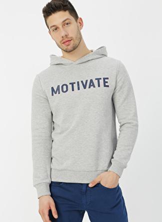 Mavi Motivate Baskılı Açık Gri Sweatshirt