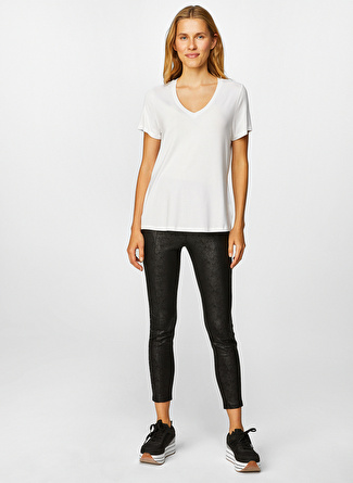 Faik Sönmez Beyaz T-Shirt