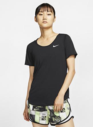 YAS Nike Koşu T-Shirt