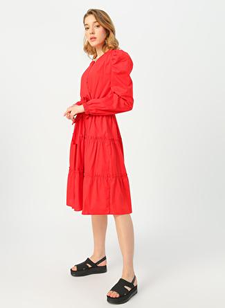 Quzu Kırmızı Elbise