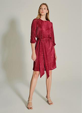 NG Style Piliseli Kuşaklı Bordo Elbise