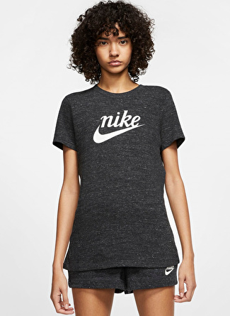 YAS Nike Just Do It Siyah Kadın T-Shirt