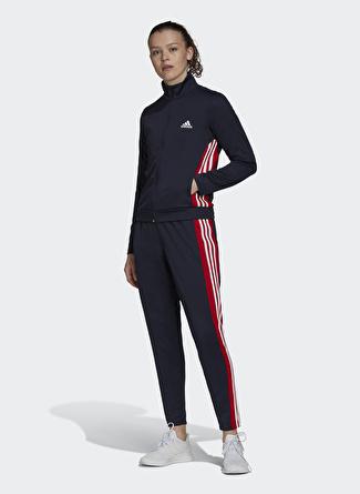 Adidas Eşofman Takımı