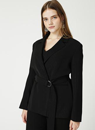Selen Siyah Çizgili Ceket