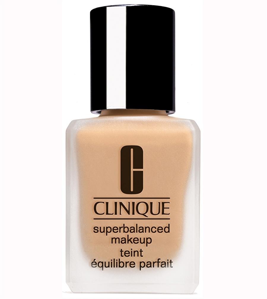 Standart Kadın Renksiz Clinique Superbalanced Fondöten Ivory - 03 Kozmetik Makyaj Yüz Makyajı