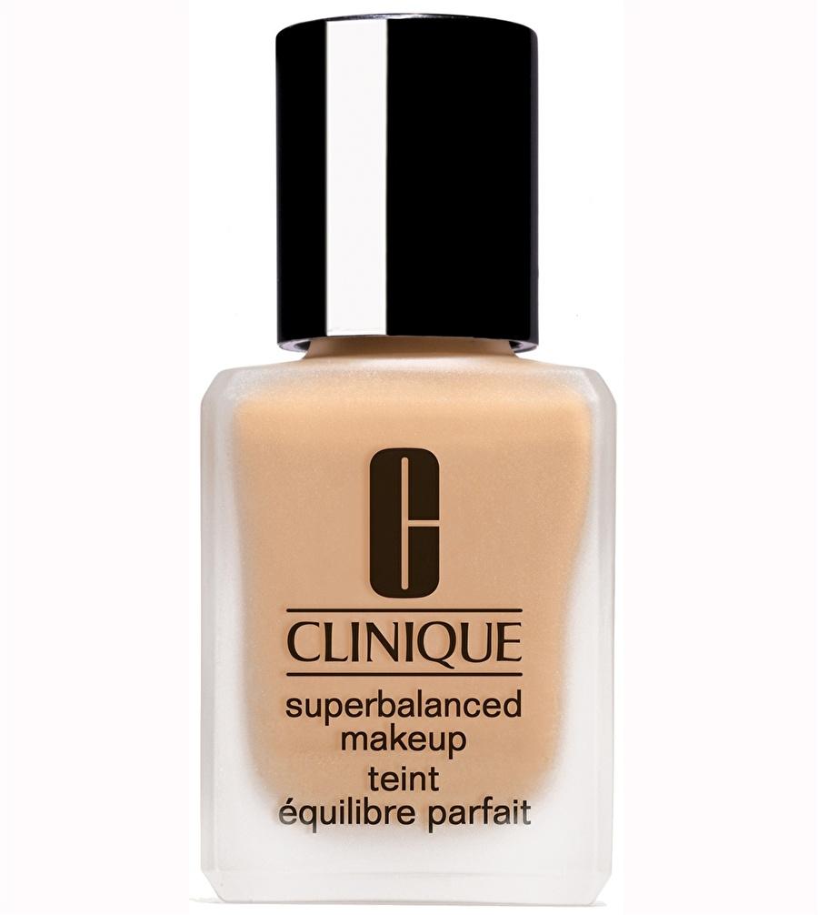Standart Kadın Renksiz Clinique Superbalanced Vanilla - 05 Fondöten Kozmetik Makyaj Yüz Makyajı