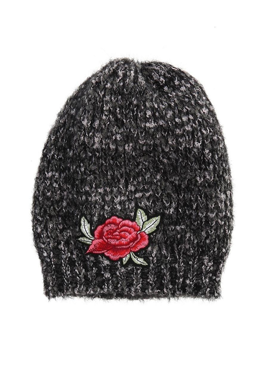 Standart Siyah Bay Şapkaci Çiçek İşlemeli Bere Kadın Aksesuar Eldiven Atkı