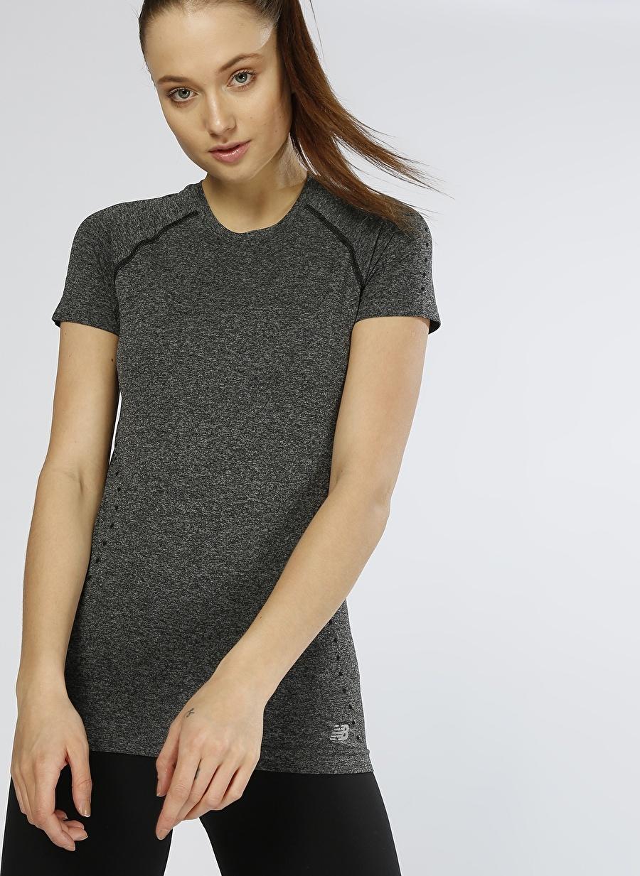 XS Siyah New Balance WT81820 Kadın T-Shirt Spor Giyim T-shirt