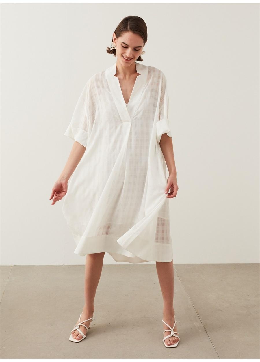 İpekyol Koyu Beyaz V Yaka Ekose Desen Elbise