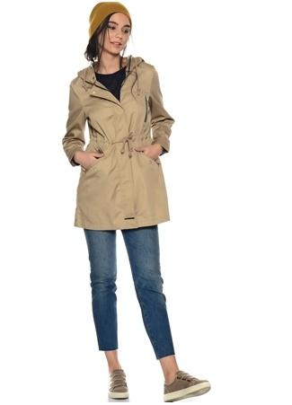 Belden Büzgü Detayı Ceket